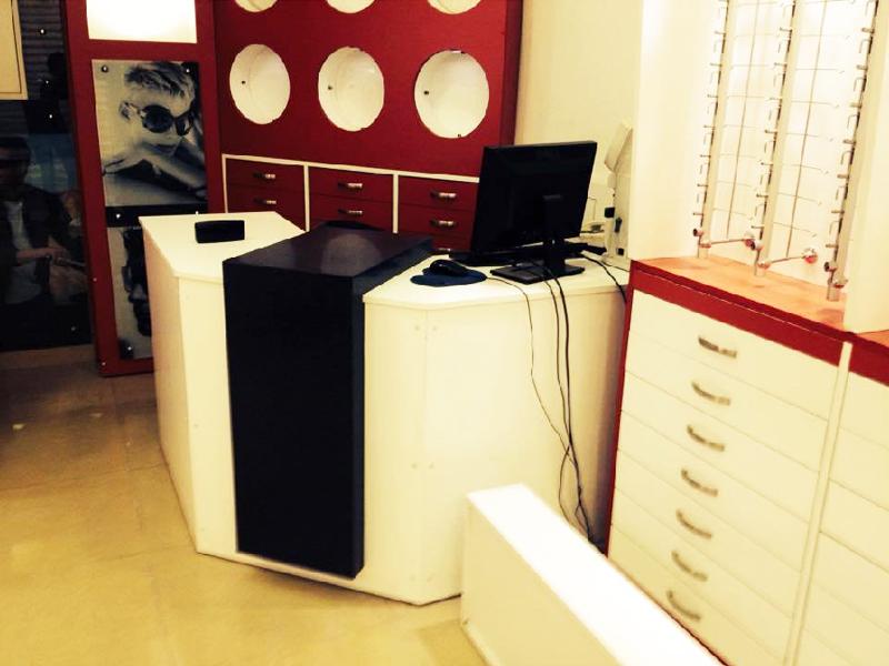 Vente de meubles pour un magasin d optique focusoptique - Magasin de vente de meuble ...