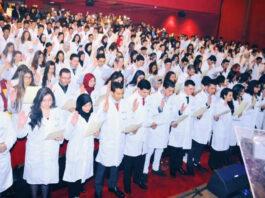 première cérémonie d'assermentation dans l'histoire de l'optique médicale,