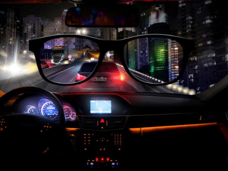Des lunettes pensées pour la conduite nocturne - FocusOptique 7bf2fb244fd8