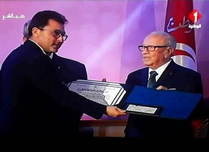 Essilor_Sivo_Recompensee_Prix_Meilleure_Entreprise_Tunisienne_Securite_Sante_Travail_Fete_du_Travail