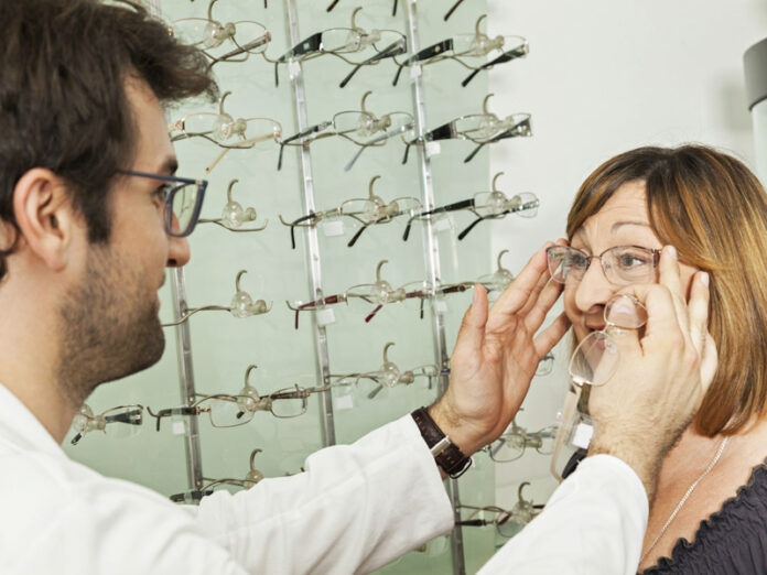 recrutement_opticien_opticienne